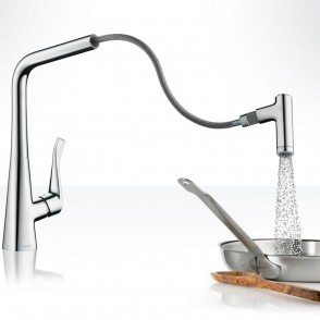 Hansgrohe_Metris_baterie_kuchenne_KitchenMixer_Handspray_Ambience1